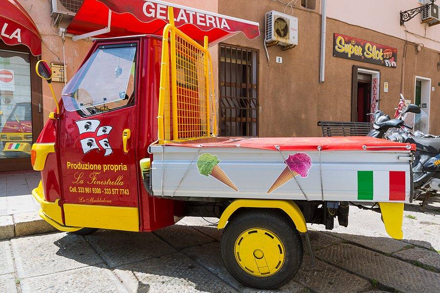 Eiswagen, La Maddalena